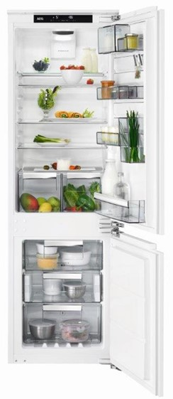 AEG CustomFlex SCE81864TC fridge freezer
