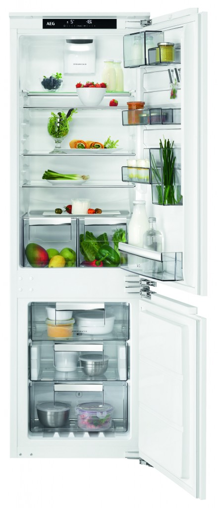 AEG CustomFlex Fridge SCE81864TC